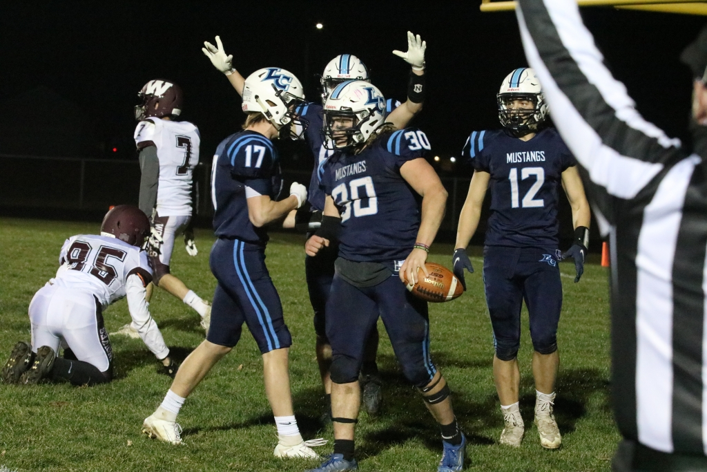 The Little Chute football team got a rare opportunity Friday night to do something that not a lot of other teams in the state were able to —...