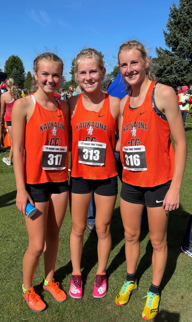 The Kaukauna girls' cross country team won the Manitowoc Invitational Saturday at Meadow Links Golf Course, finishing the meet with 47 total...
